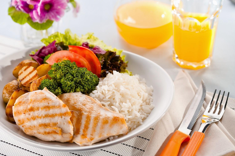 Alimentos que ajudam a perder peso com saúde