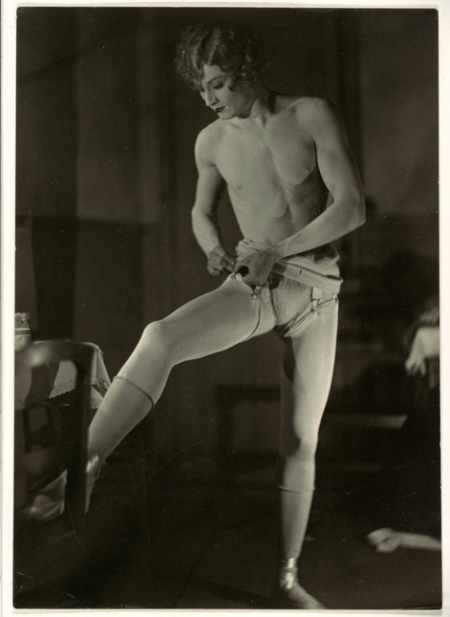 Barbette photographed by Man Ray