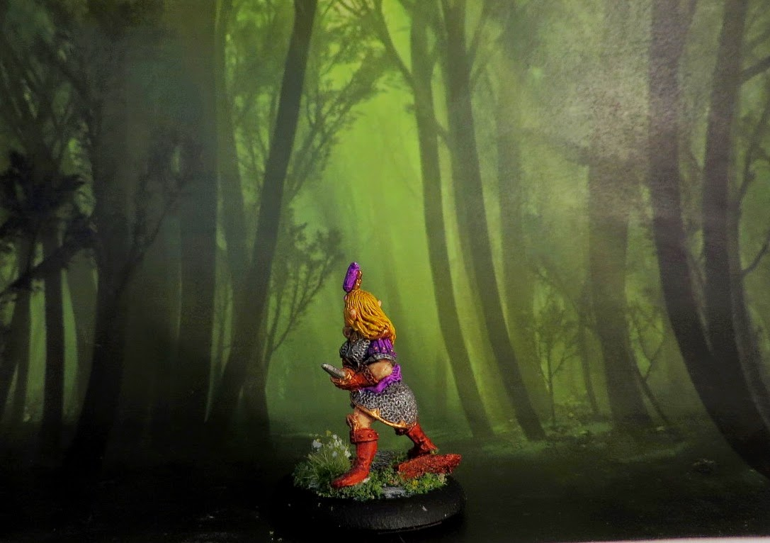 Dark Elf, painted, oop, Citadel, Witch Elf, with daggers, Games Workshop