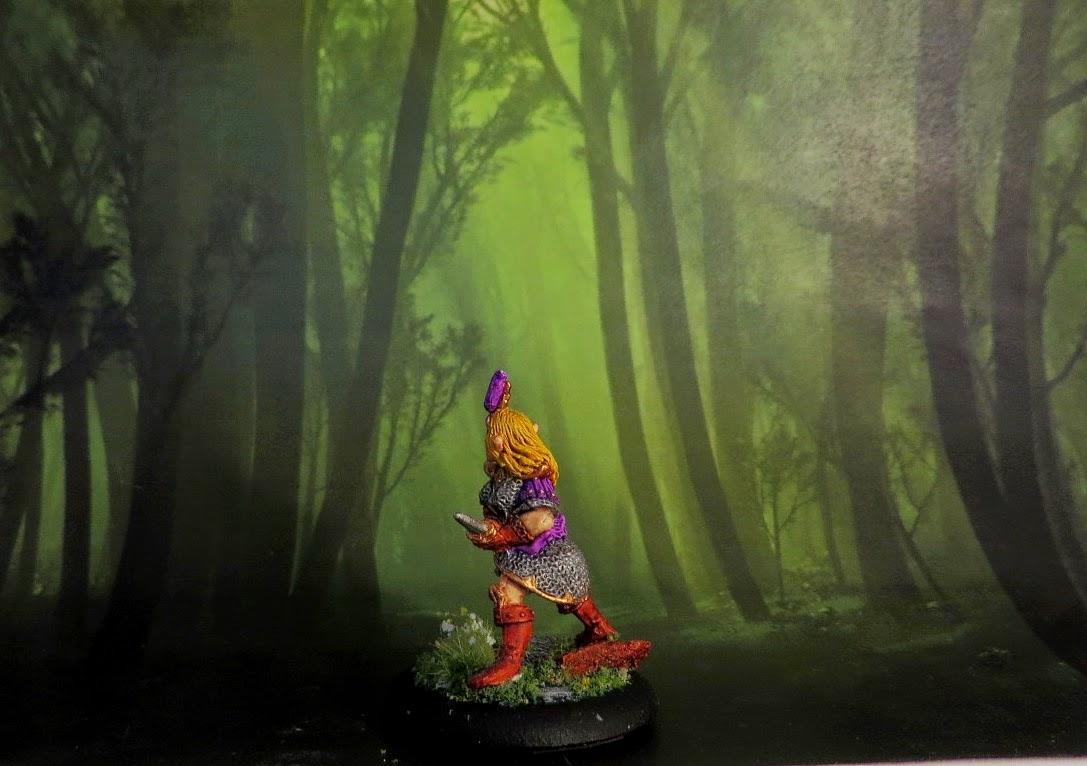 Dark Elf, painted, oop, Citadel, Witch Elf, with daggers, Games Workshop