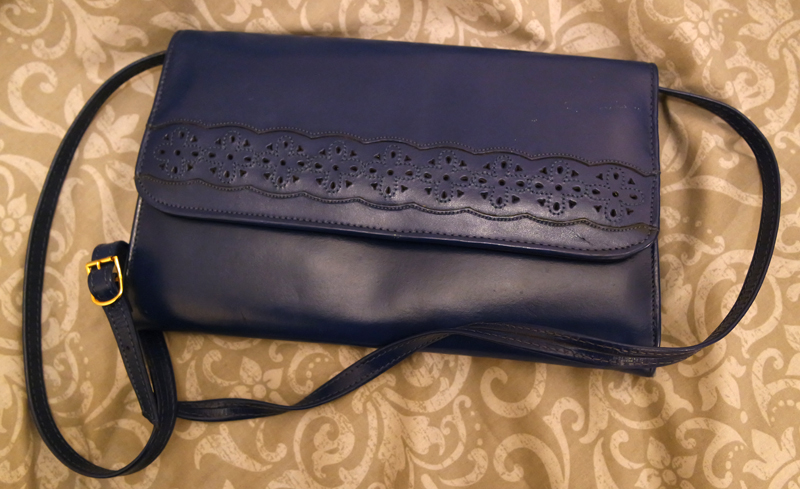 style by portobello vintage navy cut out bag