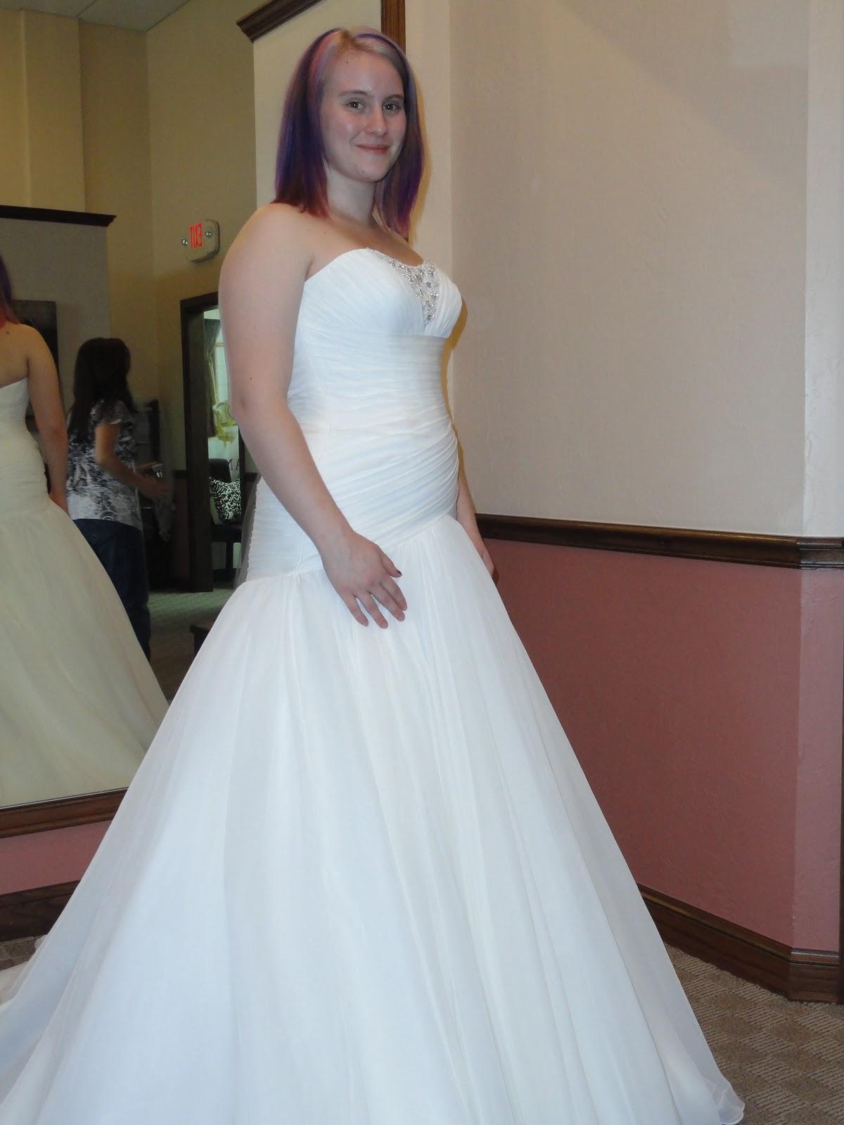 Abigail & Matthew - Newlywed!: Trying on Wedding Dresses!