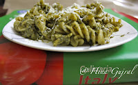 Penne/ Fusili with choice of Tangy Red/Pesto Sauce