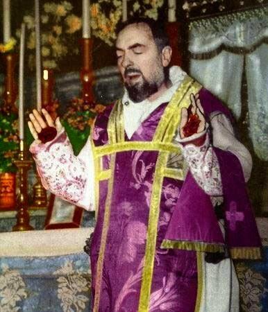 Kisah Stigmatis St Padre Pio dari Pietrelcina