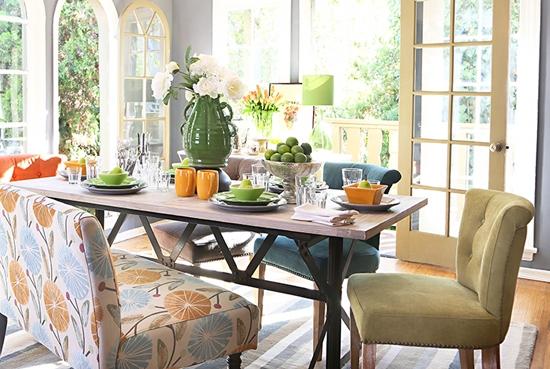 Cadeiras-diferentes-na-sala-de-jantar-12