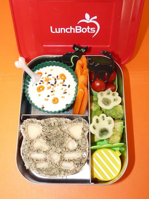 black cat halloween lunchbots bento