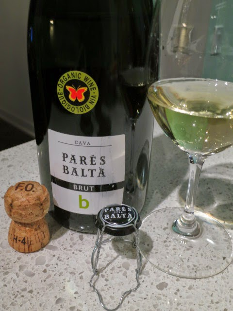 Wine Review of Parés Baltà Brut Cava from DO Catalunya, Spain