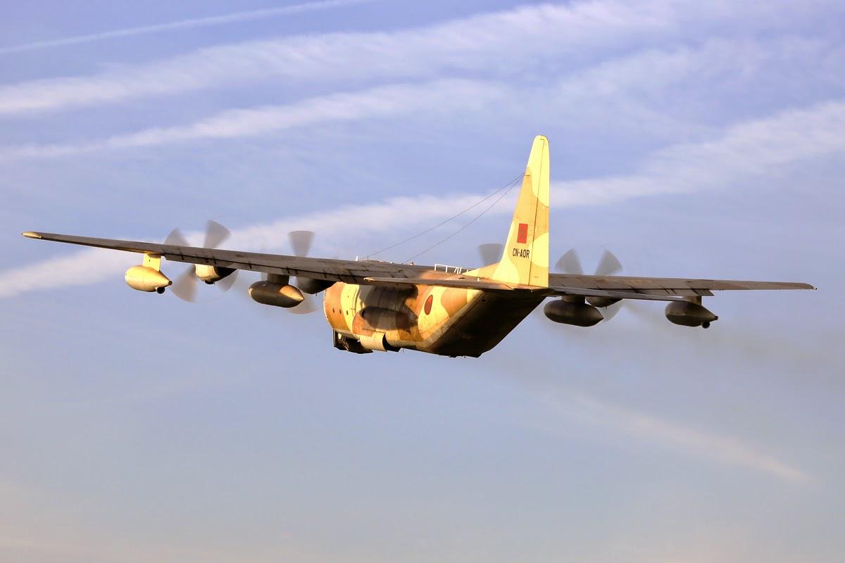 FRA: Photos d'avions de transport - Page 20 017A0140