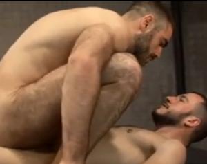 2 loiros barbudinhos na total putaria
