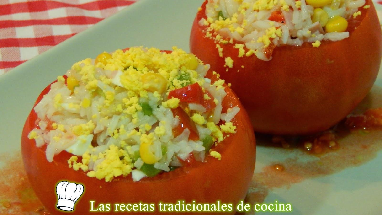 tomates rellenos con ensalada de arroz