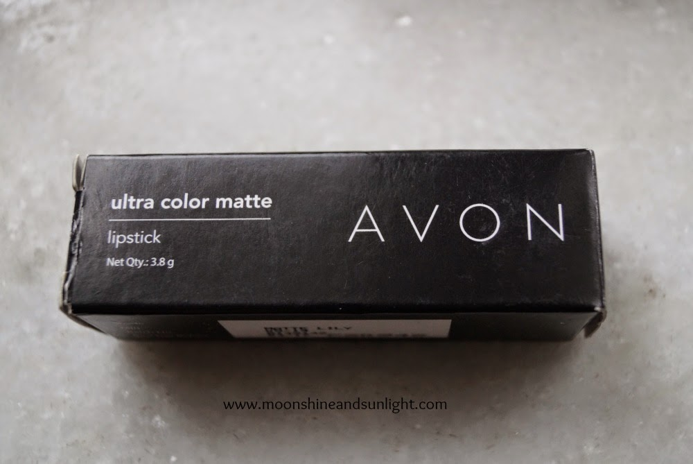 Indian beauty and makeup blog from Kolkata- AVON ultra color matte lipstick in Matte lily review, swatch and price in India