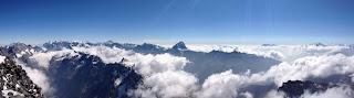 Herrliche Aussicht auf die Berner und Walliser Alpen