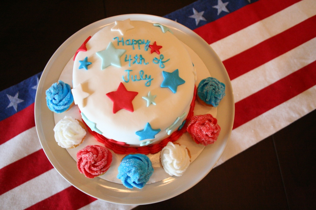 Noodlebug Cakes Happy Birthday America