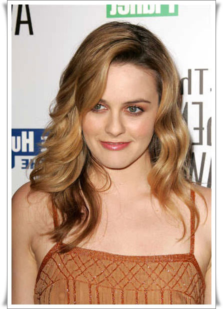 Long Wavy Cute Hairstyles, Long Hairstyle 2011, Hairstyle 2011, New Long Hairstyle 2011, Celebrity Long Hairstyles 2099