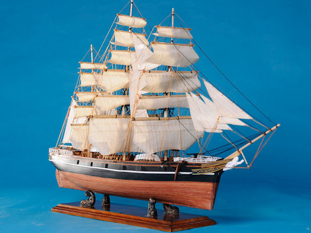 Cutty Sark Wooden Clipper Model
