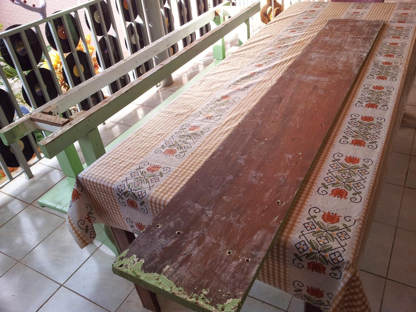 Como um dos lados do assento estava com a madeira muito judiada e eu  #856346 1600x1200