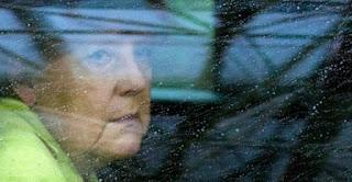 ΜΗΝΥΜΑΤΑ ΑΠΟ Έλληνες της Γερμανίας…« Δεν έχετε ιδέα το τι γίνετε εδώ στην Γερμανία στο κοινοβούλιο και στην τηλεόραση από τον φόβο μιας εξόδου της Ελλάδας.»