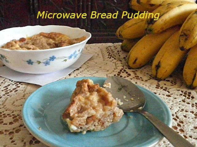 Microwave Bread Pudding Recipe @ http://treatntrick.blogspot.com