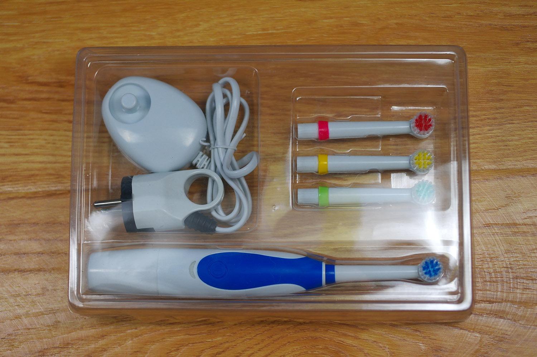 Электрическая зубная щетка не дорогие