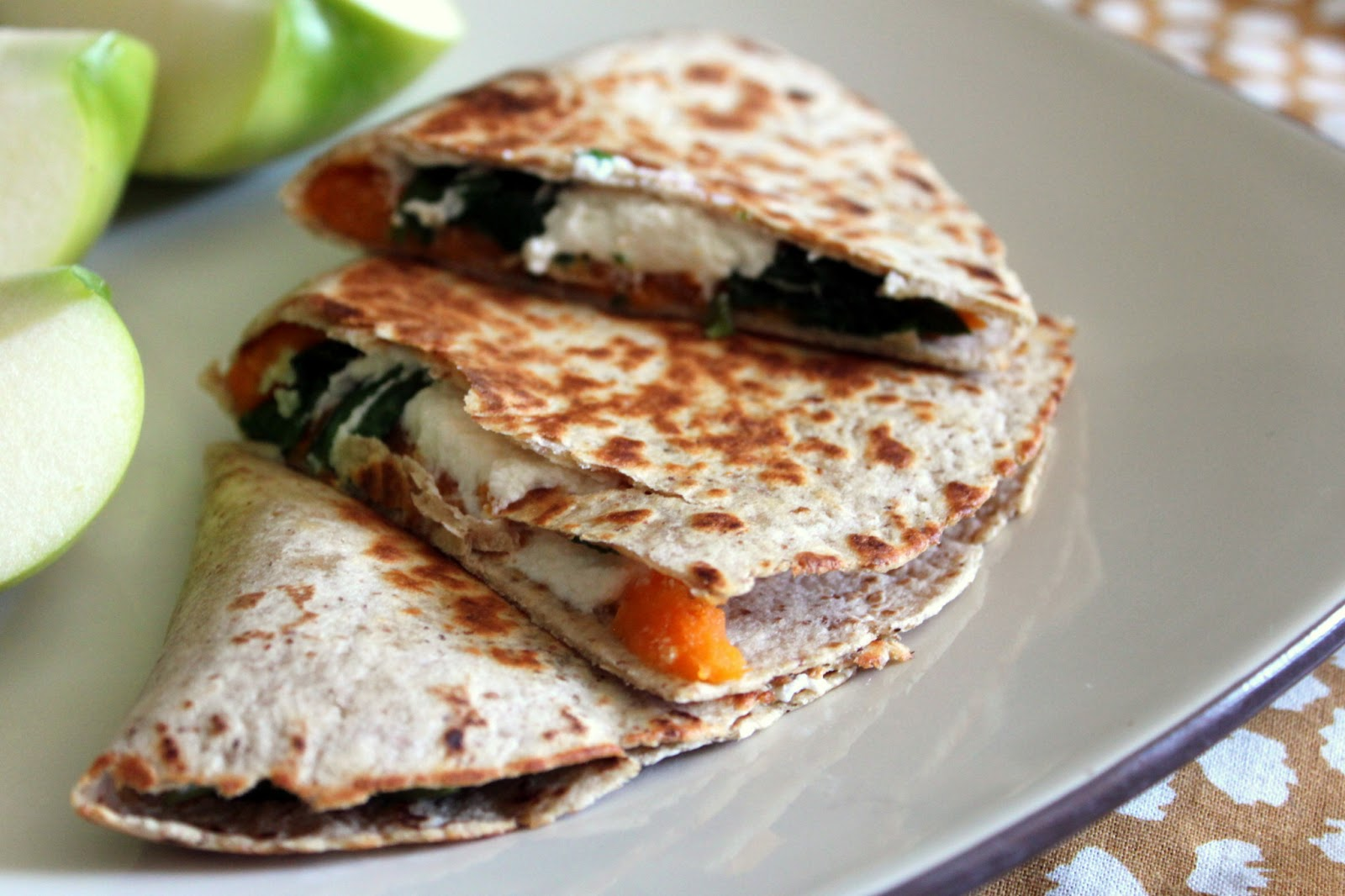 ... Jessica Eat?: Sweet Potato, Spinach, Goat Cheese and Garlic Quesadilla