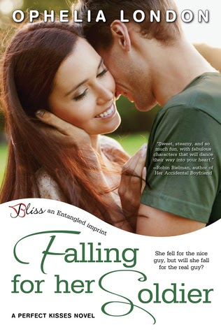 Book Cover - Falling for her Soldier by Ophelia London