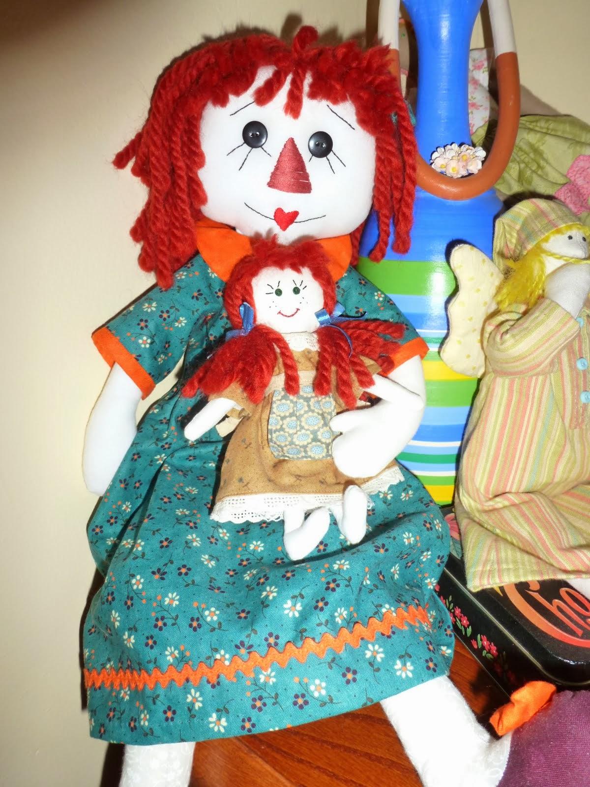 Petronila y muñeca