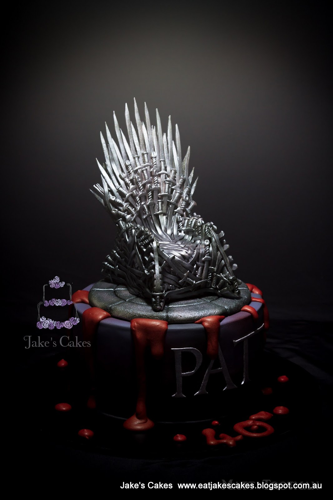Game of thrones chair cake - Game Of Thrones Cake