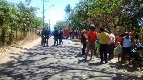 Ciclista morre após colidir com caminhão em Fortaleza