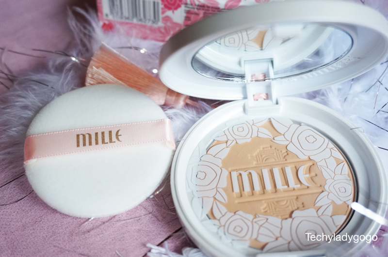 http://1.bp.blogspot.com/-pV3P-qsT4B8/VAdiTNQPjkI/AAAAAAAAH08/h4jtG47YqfA/s1600/Mille-Whitening-Rose-Powder-pact-packaging-safety-plastic.jpg