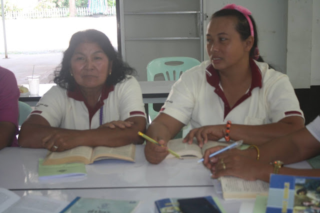 Mujeres Kru Kanson o catequistas en Tailandia