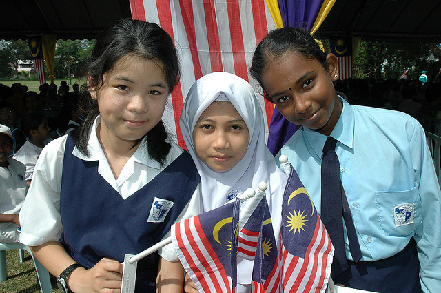 malaysia race relation What is a stereotype stereotypes are traits assigned to groups of people based on their race, nationality and sexual orientation, to name a few.