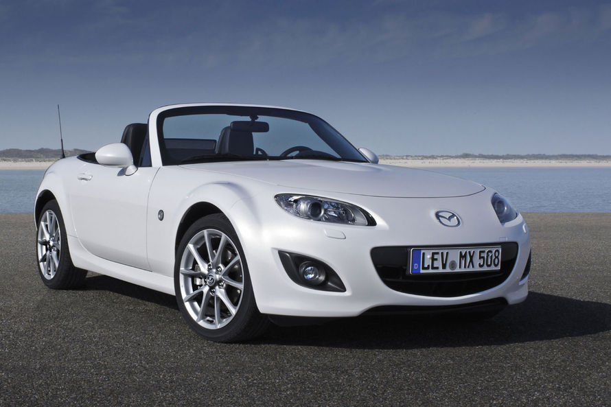 sport car garage mazda mx 5 2014. Black Bedroom Furniture Sets. Home Design Ideas