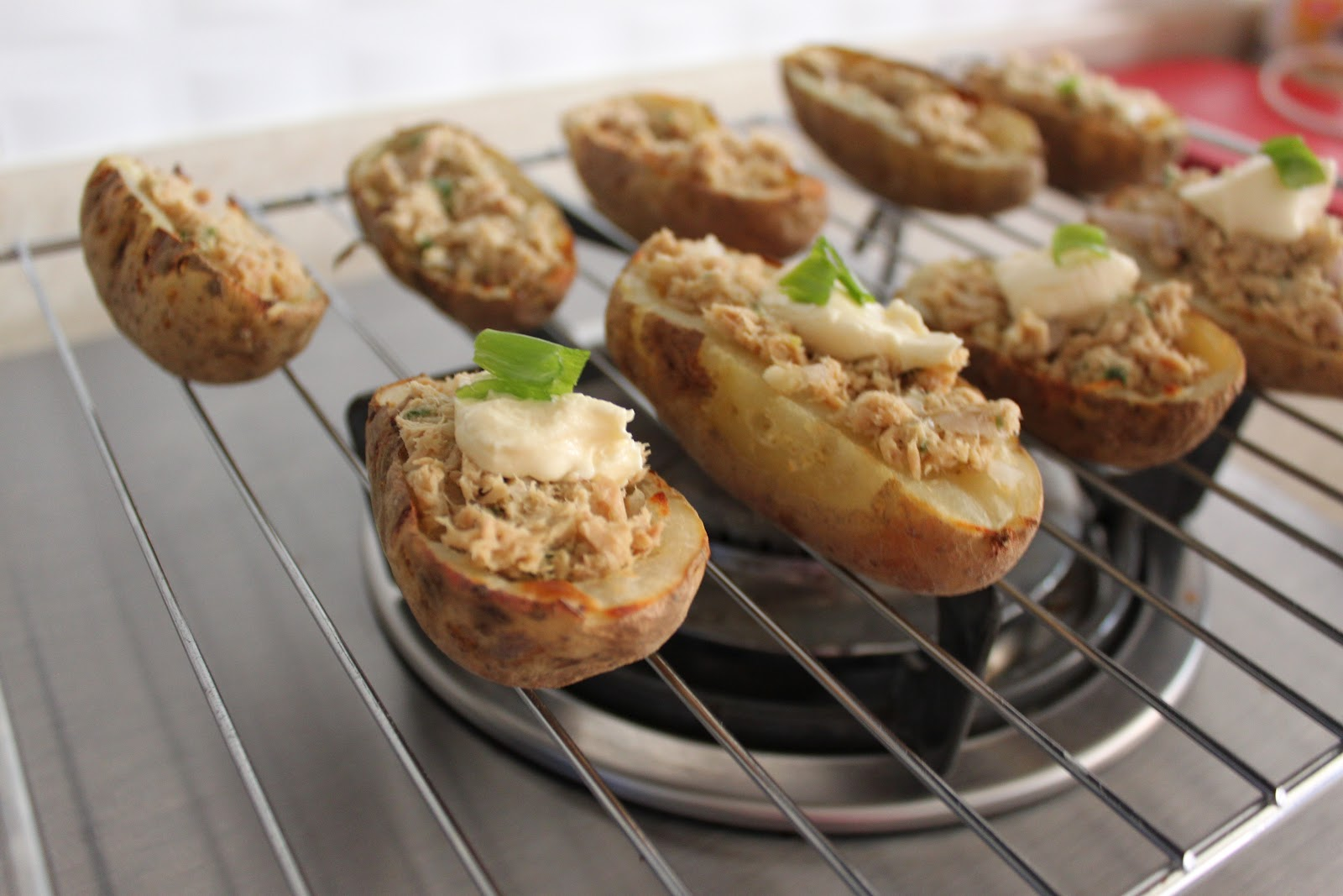 Eat that up, it's good for you. : Tuna melt potato skin ...
