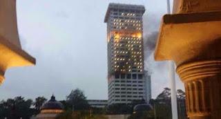 ibu pejabat polis sengaja dibakar