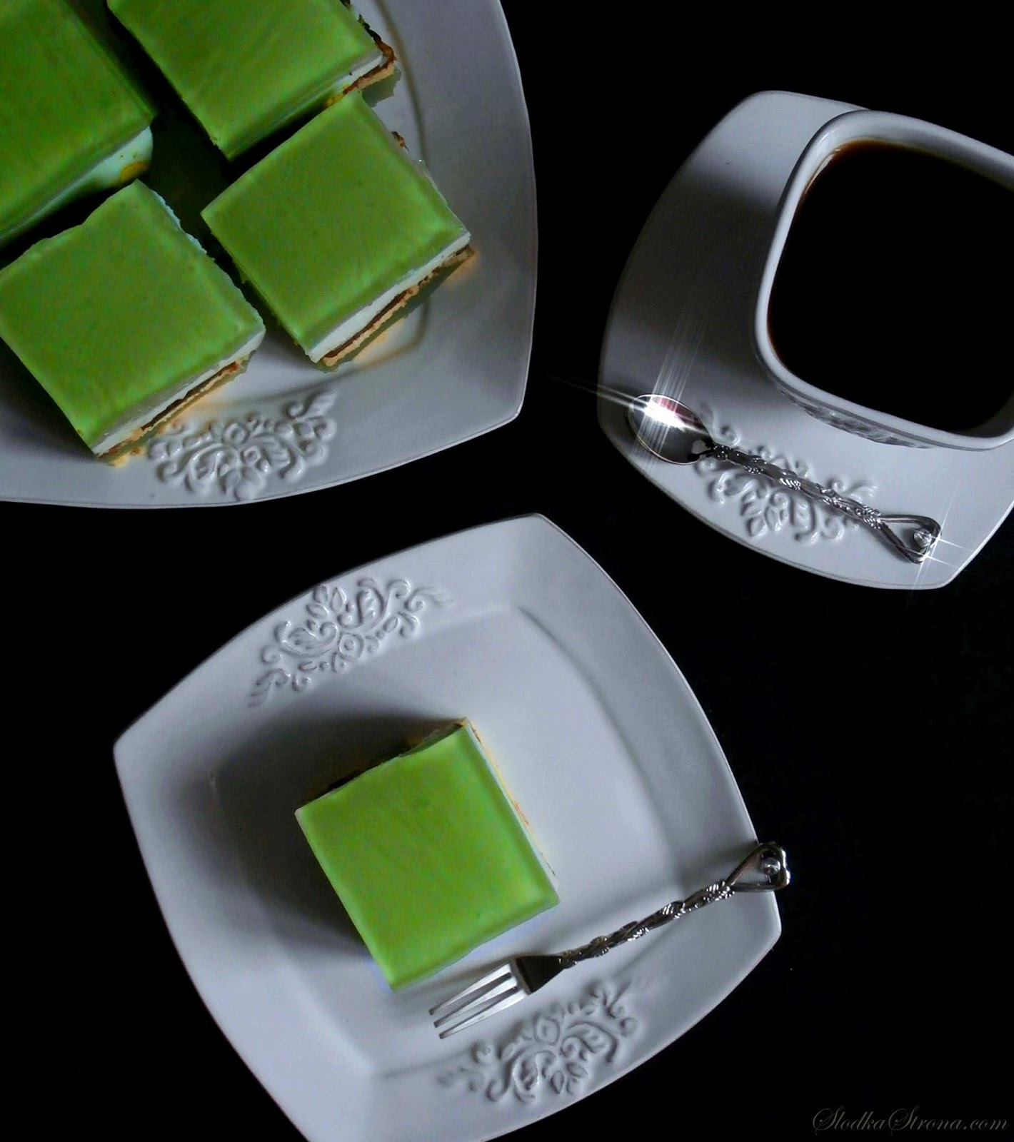 """Ciasto """"Shrek"""" - bez pieczenia - Przepis - Słodka Strona"""
