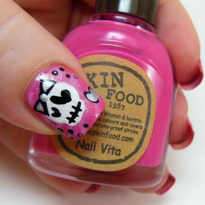 valentine skull nail art
