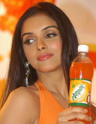 Asin Hot at Mirinda Promo Event Pictures