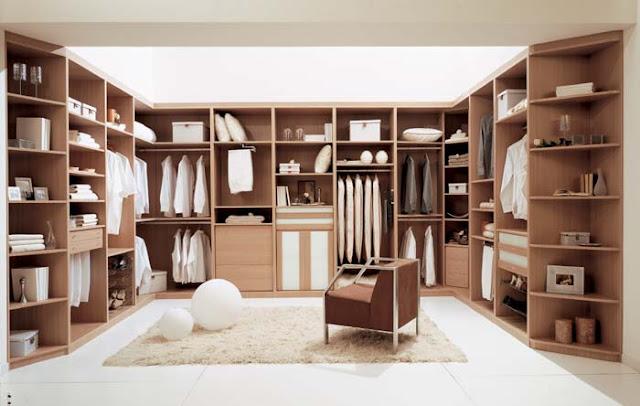 Clothes for everyone walk in closet vestidor for Armarios elegantes