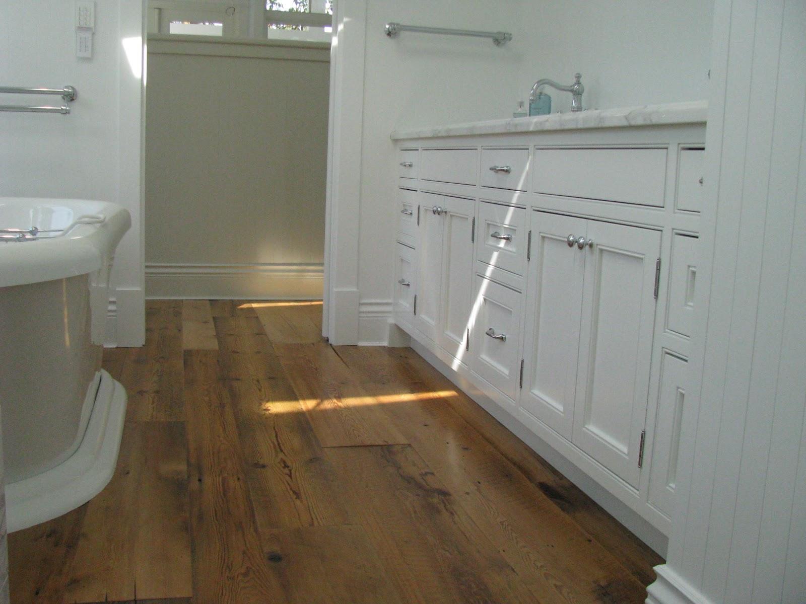 Beach Cottage Wood Kitchen Cabinets