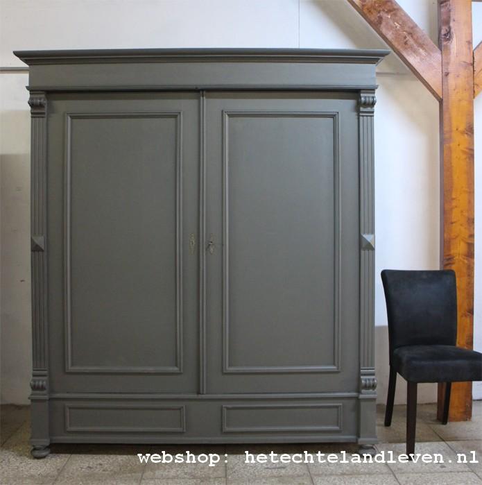 Brocante landelijke Vintage en Industriele oude kasten   Nieuwe kasten op onze website