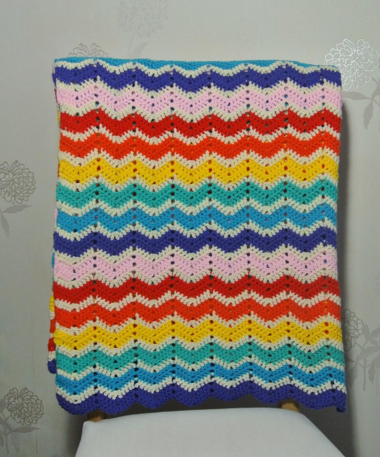 Kristelshobbydagboek Ajour Ripple Deken In Regenboogkleuren