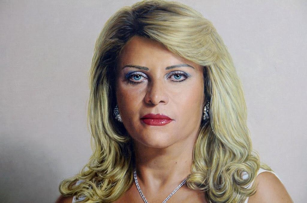 retratos-realistas-femeninos