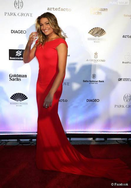 estilo sasha meneghel vestido vermelho longo