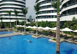 hồ bơi tại căn hộ City Garden