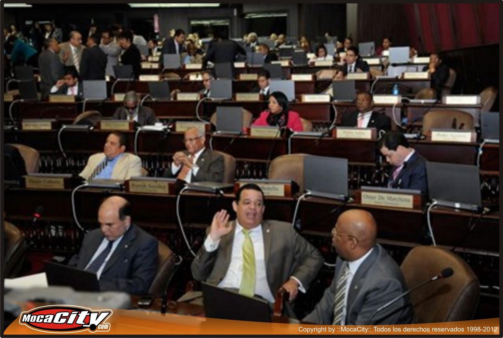 CAMARA DE DIPUTADOS Aprueban modificación Código del Menor que eleva ...