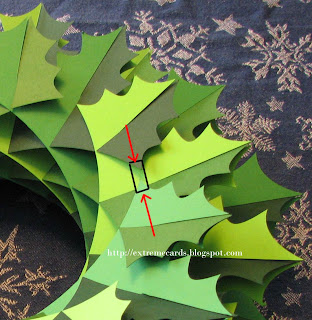 sliceform torus holly wreath