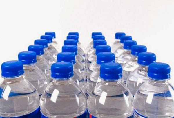 زجاجات المياه المعدنية عبوات الموت -فور يو