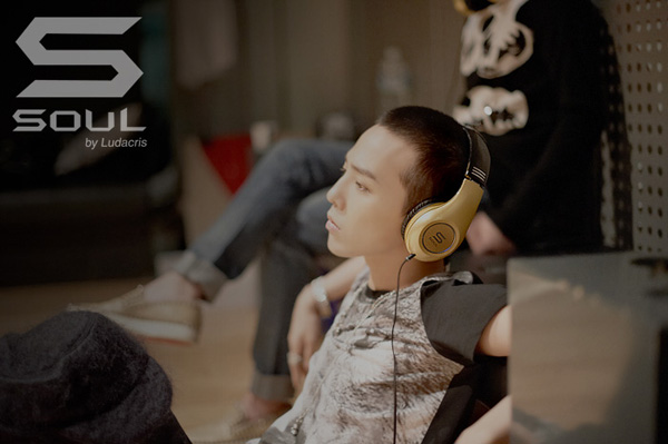 G-Dragon  Photos - Page 2 Soul-ludacris-gd-2