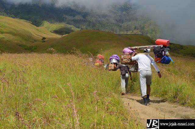 """Catatan Perjalanan Gunung Rinjani Lombok"""