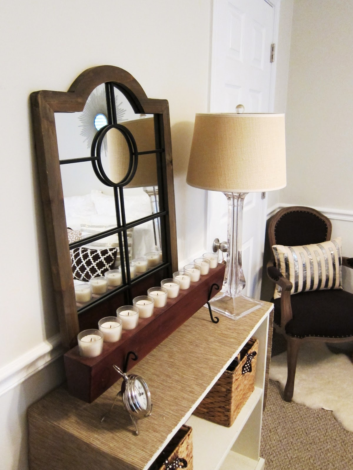 tiffanyd decorating with mirrors and mirrored furniture